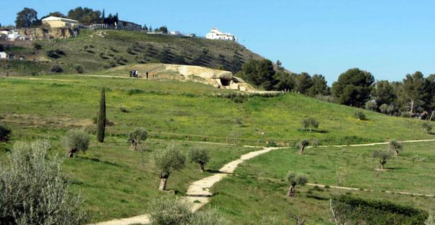 Dolmen von Antequera